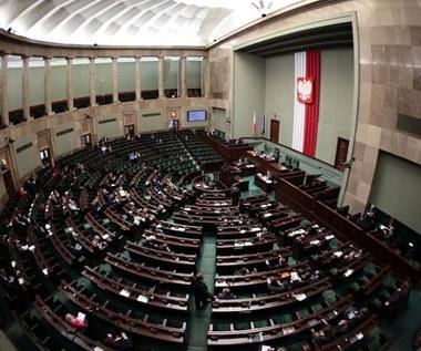 Sejm przyjął informację rządu ws. wymiaru godzin lekcji historii