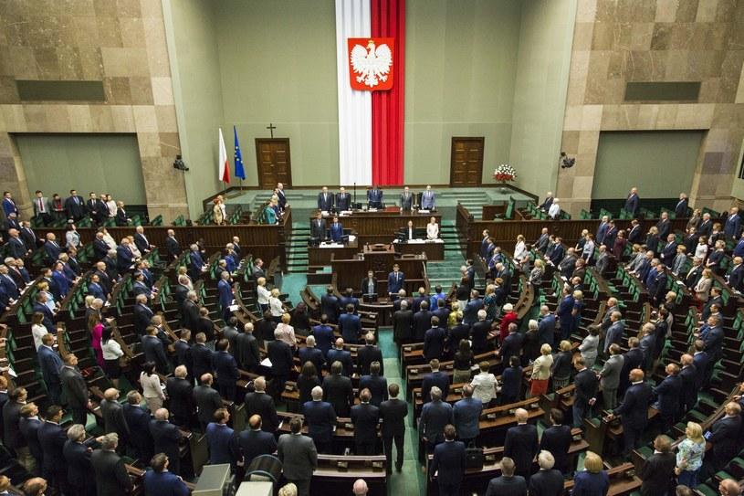 Sejm przyjął uchwałę oddającą hołd ofiarom ludobójstwa dokonanego przez nacjonalistów ukraińskich na obywatelach II RP w latach 1943–45 /Andrzej Hulimka  /East News