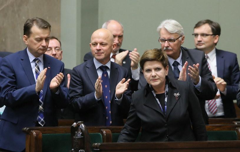 Sejm uchwalił wotum zaufania dla rządu Beaty Szydło /Paweł Supernak /PAP
