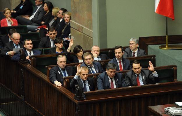 Sejm uchwalił zmiany w systemie emerytalnym /PAP