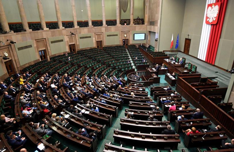 Sejm w trakcie debaty nad wotum nieufności dla rządu premier Beaty Szydło /Bartłomiej Zborowski /PAP