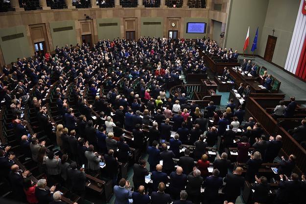 Sejm zdecydował, że informacje o rozliczeniach podatkowych największych firm będą publikowane /PAP