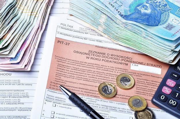 Sejmowa Komisja Finansów Publicznych poparła rządowy projekt zmian w ustawie o PIT /©123RF/PICSEL