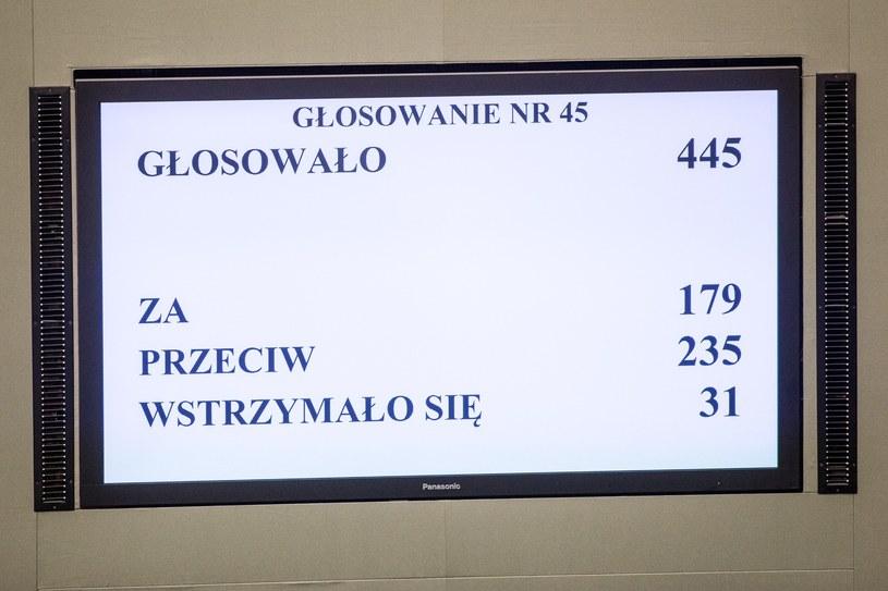 Sejmowy ekran /fot. Maciej Luczniewski /Reporter