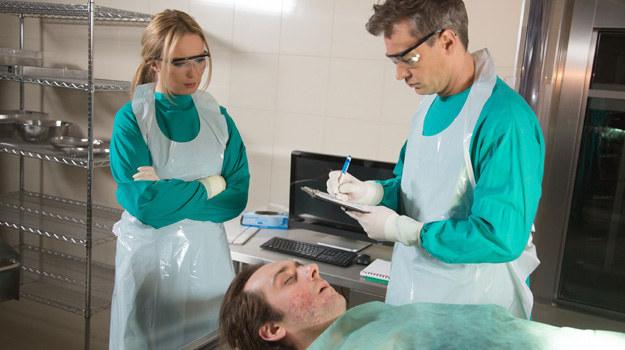Sekcja zwłok Wawrzyniaka potwierdzi, że pacjent zmarł w wyniku zatrucia. /Agencja W. Impact