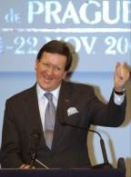 Sekretarz generalny NATO George Robertson /RMF24.pl