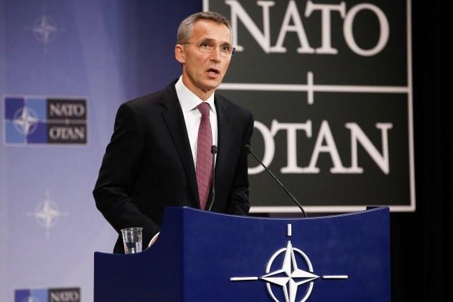 Sekretarz generalny NATO Jens Stoltenberg /JULIEN WARNAND /PAP/EPA