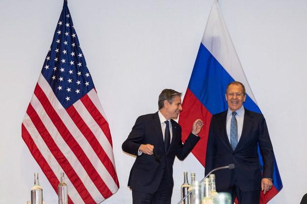 Sekretarz stanu Antony Blinkena podczas spotkania z ministrem spraw zagranicznych Rosji Siergiejem Ławrowem /SIGURJON RAGNAR / Arctic Council Secretariat / HANDOUT /PAP/EPA
