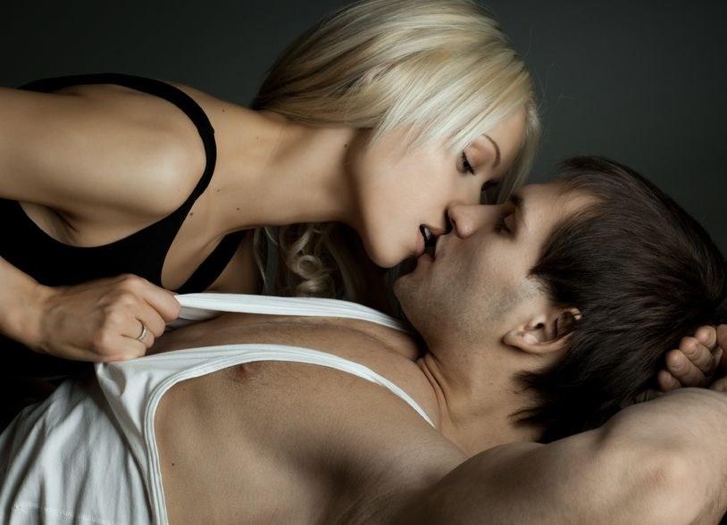 Seks jest lepszy niż niejeden antybiotyk /123RF/PICSEL