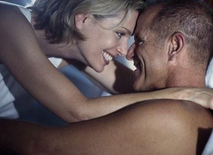 Seks pomoże ci spalić kalorie! /ThetaXstock