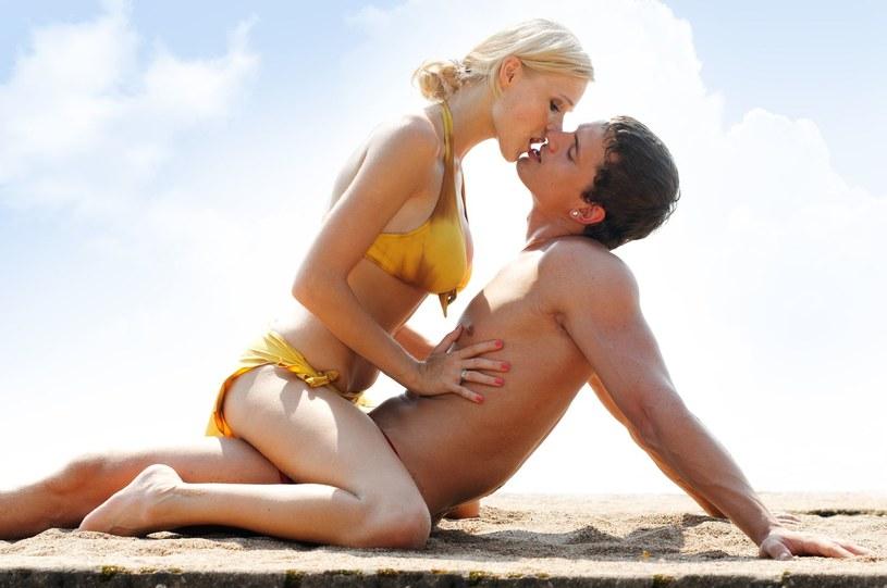 Seks równie dobrze wyrabia mięśnie, co ćwiczenia na siłowni /123RF/PICSEL