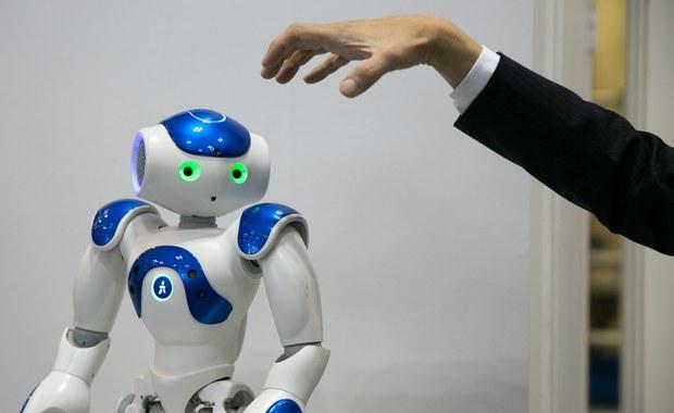 """Seksroboty, sztuczne dzieci i co dalej? """"Sztuczna inteligencja będzie dorównywała nam możliwościami"""""""