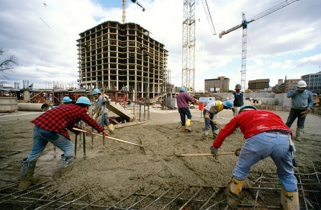 Sektor budowlany pozostaje najbardziej otwarty na pracowników z zagranicy /© Panthermedia