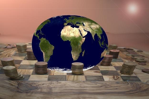 Sektor prywatny może w różny sposób włączać się w pomoc w krajach rozwijających się /©123RF/PICSEL