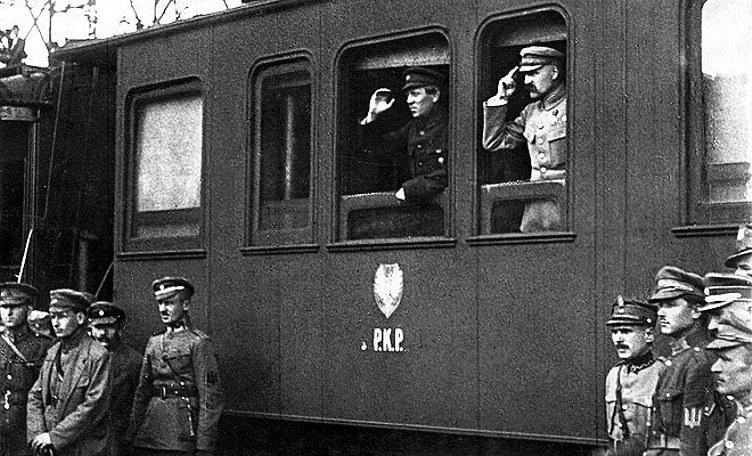 Semen Petlura i Józef Piłsudski w Winnicy w 1920 roku /Z archiwum Narodowego Archiwum Cyfrowego