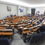 Senat debatuje nad ustawą ratyfikacyjną
