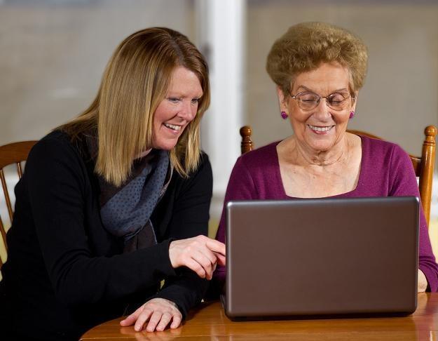 Senat jest za przywróceniem ulgi internetowej w ustawie o PIT /©123RF/PICSEL