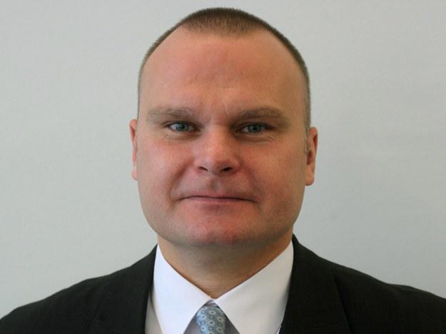 Senator PO Maciej Grubski na zdjęciu archiwalnym z listopada 2011 roku /Tomasz Gzell /PAP