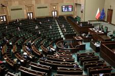 Senatorowie KO zgłoszą do tarczy antykryzysowej kilkanaście poprawek