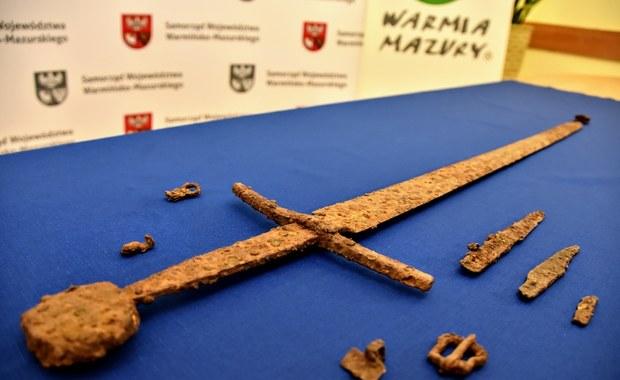 Sensacyjne odkrycie! Pod Olsztynem znaleziono miecz grunwaldzki