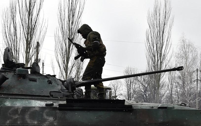 Separatyści przetrzymują ukraińskich wojskowych /AFP