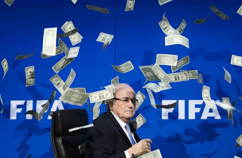 Sepp Blatter, były prezydent FIFA, niczego nie wskórał apelacją /fot. FABRICE COFFRINI /AFP