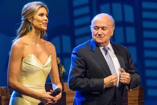 Sepp Blatter (z prawej). /AFP