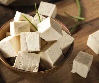 Ser tofu: Dlaczego warto włączyć go do diety?