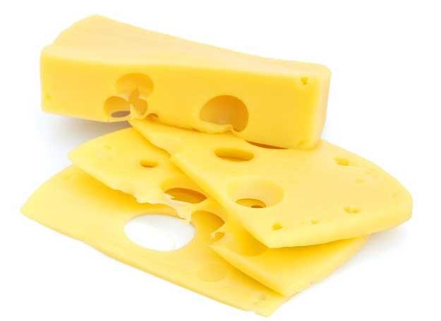Ser żółty zawiera również tryptofan wspierający wydzielanie w organizmie tzw. hormonu szczęścia /123RF/PICSEL