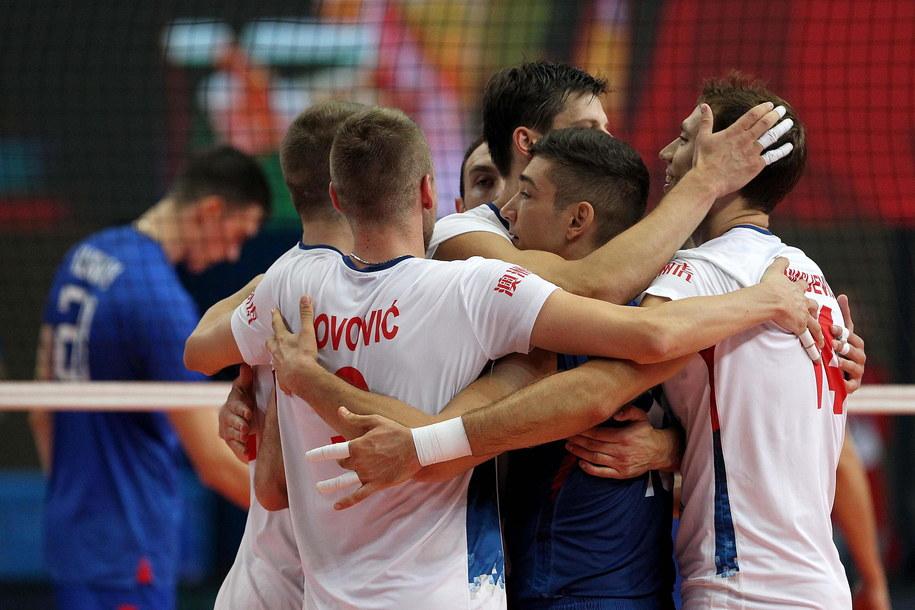 Serbowie w pierwszej fazie grupowej radzili sobie bardzo dobrze /ANNAMARIA LOCONSOLE /PAP/EPA