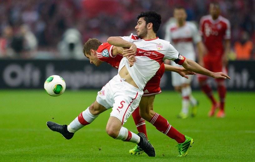 Serdar Tasci w tegorcznym finale Puchu Niemiec, w którym Stuttgart przegrał z Bayernem Monachium 2-3 /AFP