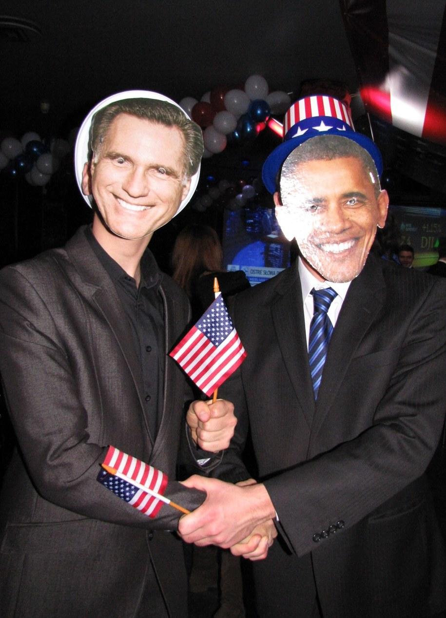 Serdeczny uścisk sobowtórów Baracka Obamy i Mitta Romneya /Maciej Grzyb /RMF FM
