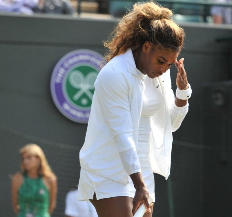 Serena Williams przeżywa poważny kryzys czy chwilowy zastój? /AFP