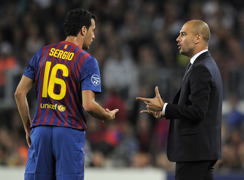 Sergio Busquets i Josep Guardiola razem, gdy obaj pracowali dla Barcelony /AFP