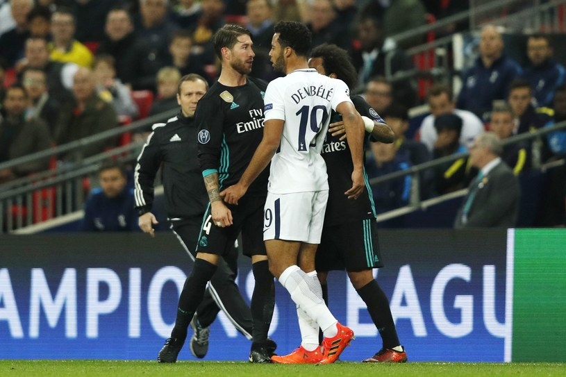 Sergio Ramos i Moussa Dembele podczas starcia na Wembley /AFP