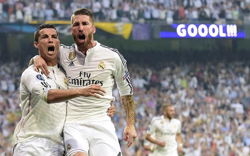 Sergio Ramos (z prawej) obok Cristiano Ronaldo /AFP
