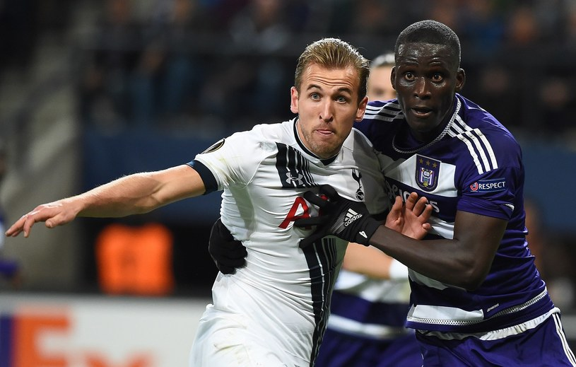 Serigne Mbodji (z prawej) zdobył pierwszego gola dla Anderlechtu /AFP