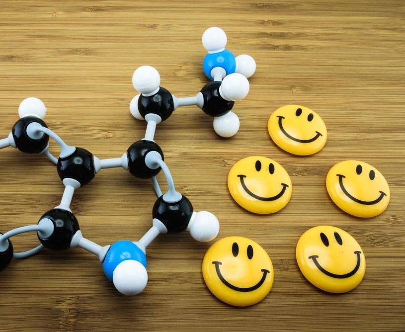 Serotonina nazywana jest hormonem szczęścia /©123RF/PICSEL