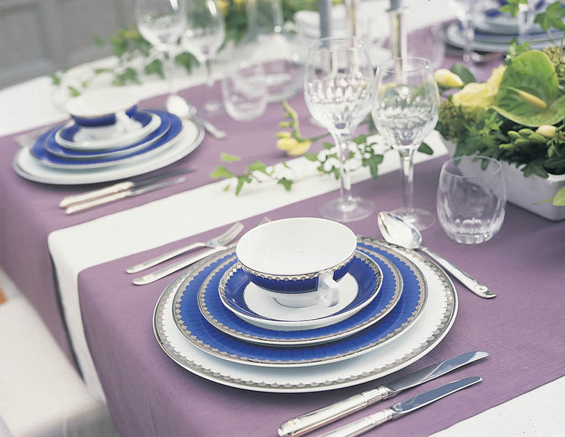 Serwis Marianne Royal Blue od Fyrklövern /materiały prasowe /materiały prasowe