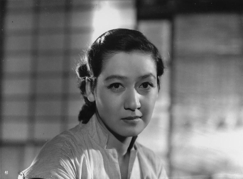 """Setsuko Hara w filmie """"Tokijska opowieść"""" (1953) /materiały prasowe"""