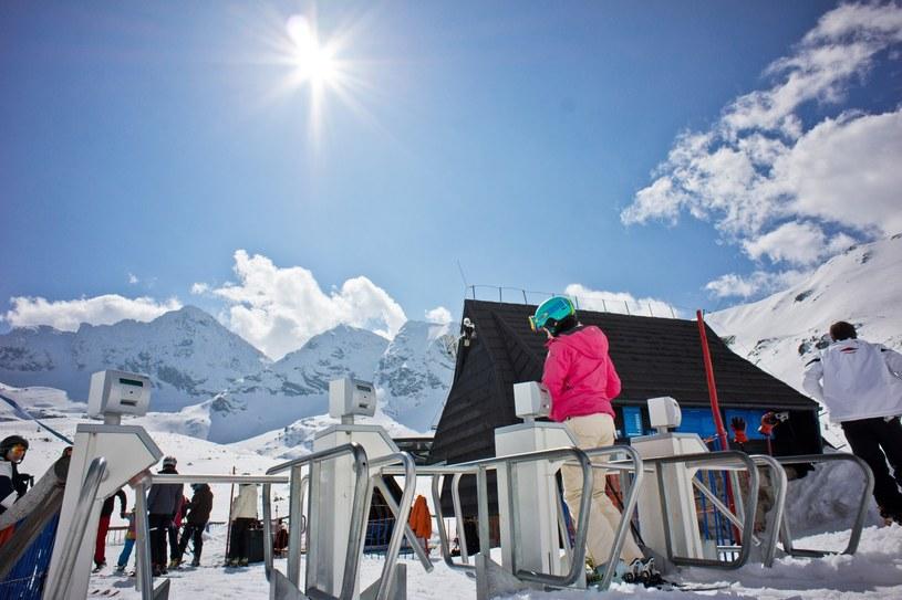 Sezon narciarski w Tatrach już ruszył /Adam Brzoza/FOTONOVA /