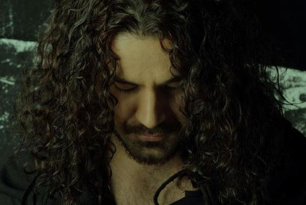 Shahin Najafi nie ma zamiaru przepraszać za kontrowersyjny utwór /