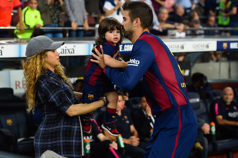 Shakira i Gerard Pique z synem /David Ramos /Getty Images