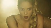 """Shakira i jej """"wierny pies"""" (""""Perro Fiel"""")"""