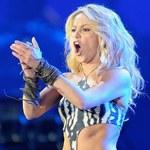 Shakira z efektami