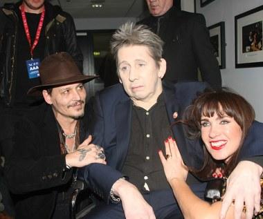 """Shane MacGowan (The Pogues): """"Najbrzydszy muzyk wszech czasów"""" wziął ślub. Wśród gości Johnny Depp"""