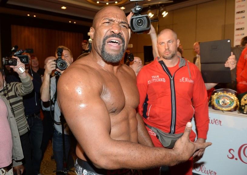 Shannon Briggs może walczyć o pas mistrza świata /AFP