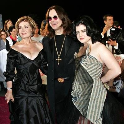 Sharon, Ozzy i Kelly Osbourne'owie /AFP