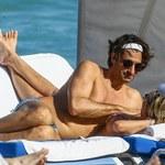 Sharon Stone relaksuje się na plaży z młodym kochankiem!
