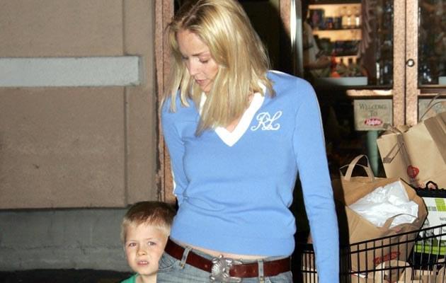 Sharon Stone z Roanem  /Splashnews
